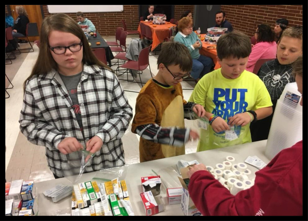 4-H MENTORING PROGRAM IN HARDIN COUNTY - Members of the group were welcome to share about minor emergencies that could happen or had happened to them.