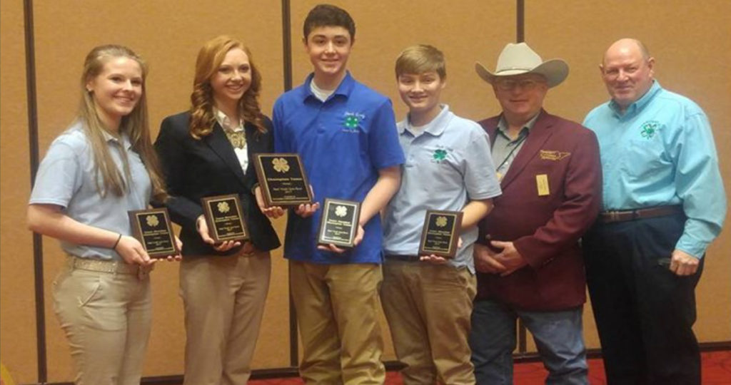 Livestock Quiz Bowl Results from Tennessee Cattlemen's Association Convention - Lincoln County Quiz Bowl team with Gary Daniels and Dr. Dwight Loveday