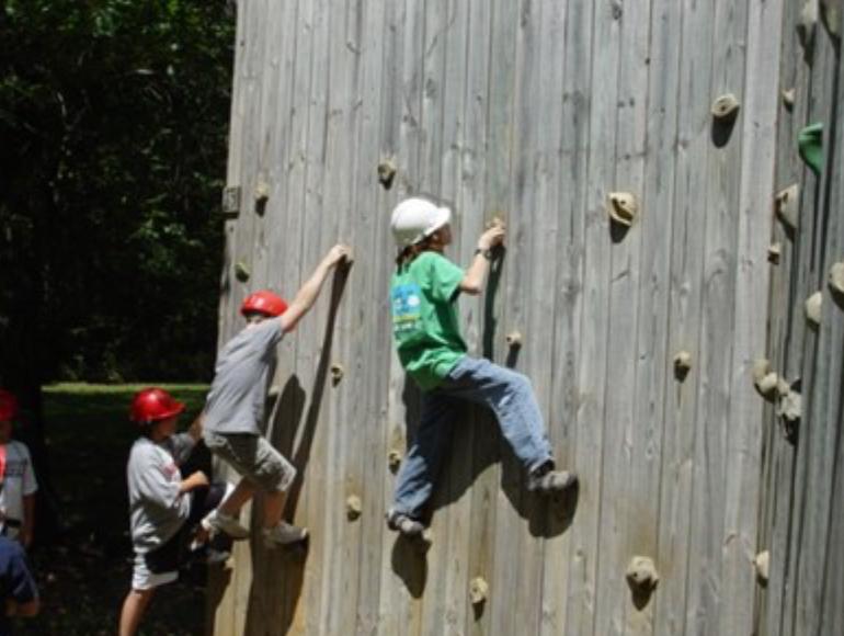 4-H'ers Rock Climbing